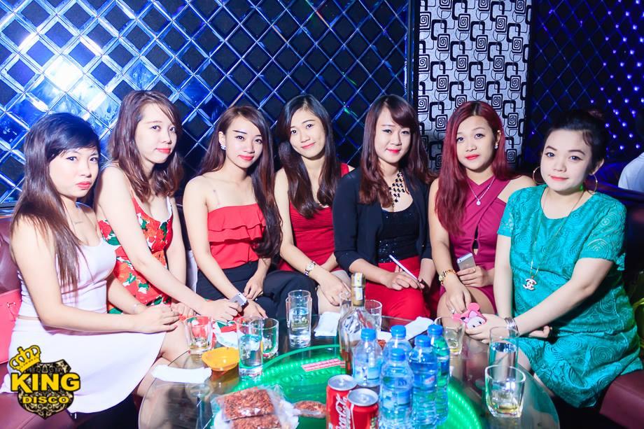 tiec-tung-cung-dj-kieu-max-tai-hoang-gia-disco-17